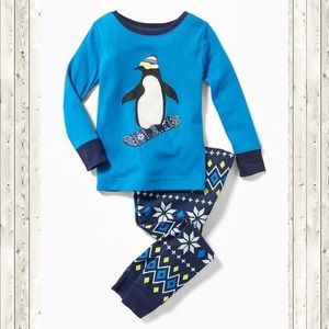 Old Navy Boys Toddler Penguin Pajamas 2T NWT